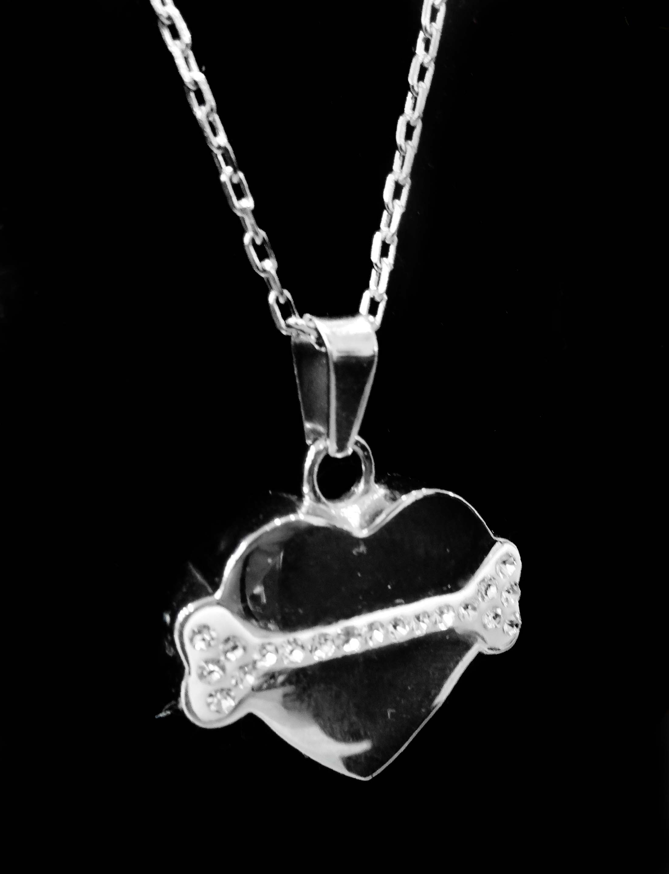 Pendentif Coeur ©Auranimal St-Gabriel